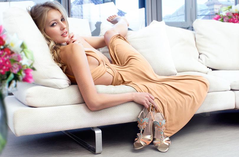 Pura Lopez presenta il nuovo sandalo Penelope