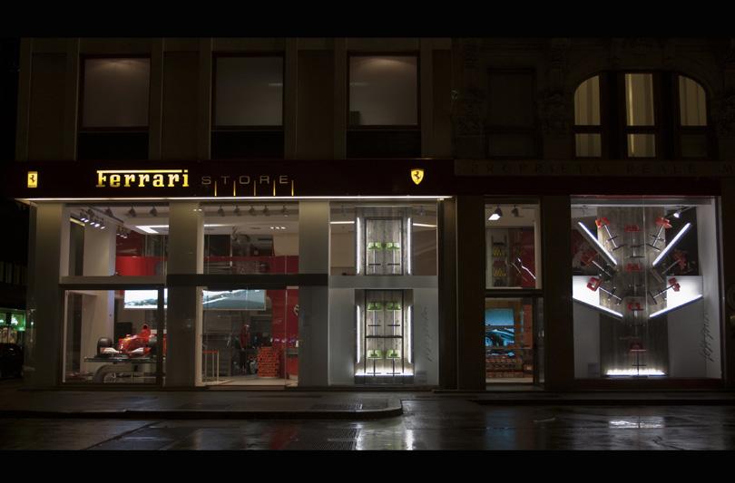In occasione del Salone del Mobile, Ferrari Store celebra il design con installazioni firmate Iosa Ghini