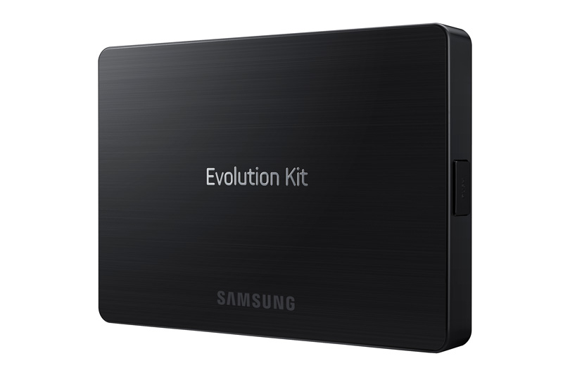 Samsung trasforma l'esperienza Smart TV: arriva in Italia l'Evolution Kit