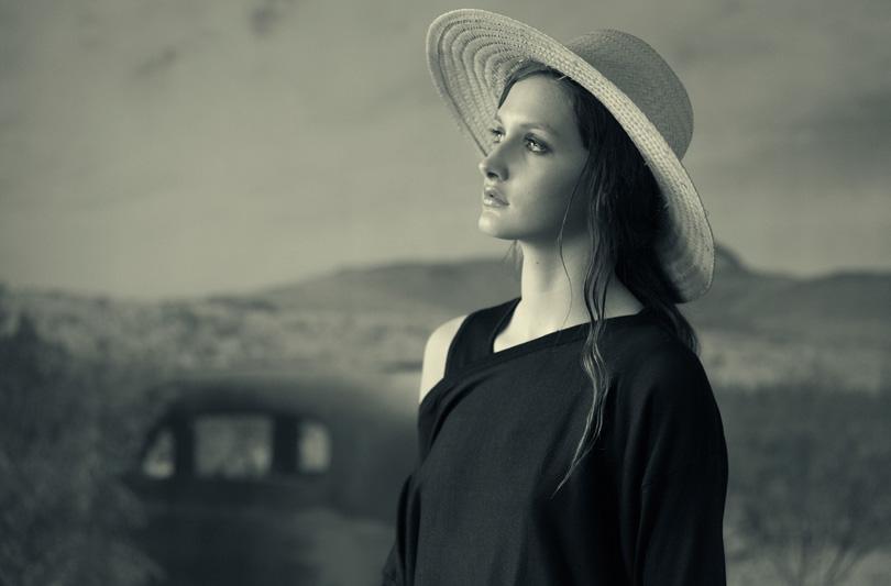 Susanna Liso omaggia con la P/E l'artista americana Georgia O'Kieffe