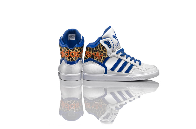 Adidas-originals-aw-lab
