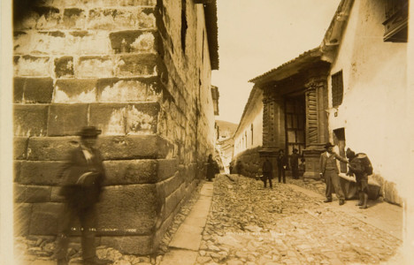 Max-T.-Vargas,-Calle-del-Triunfo,-Cusco,-1897