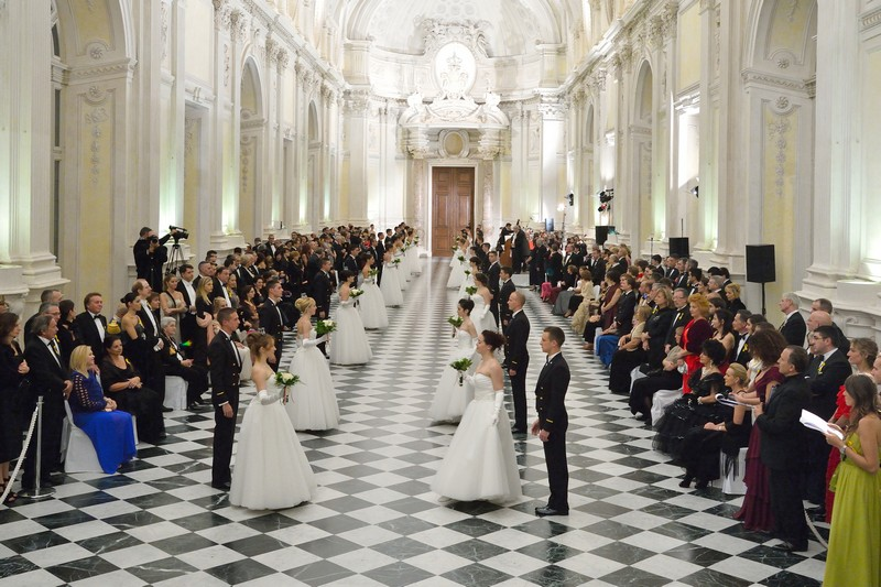 Gran ballo della Venaria Reale: pronte al debutto in società?
