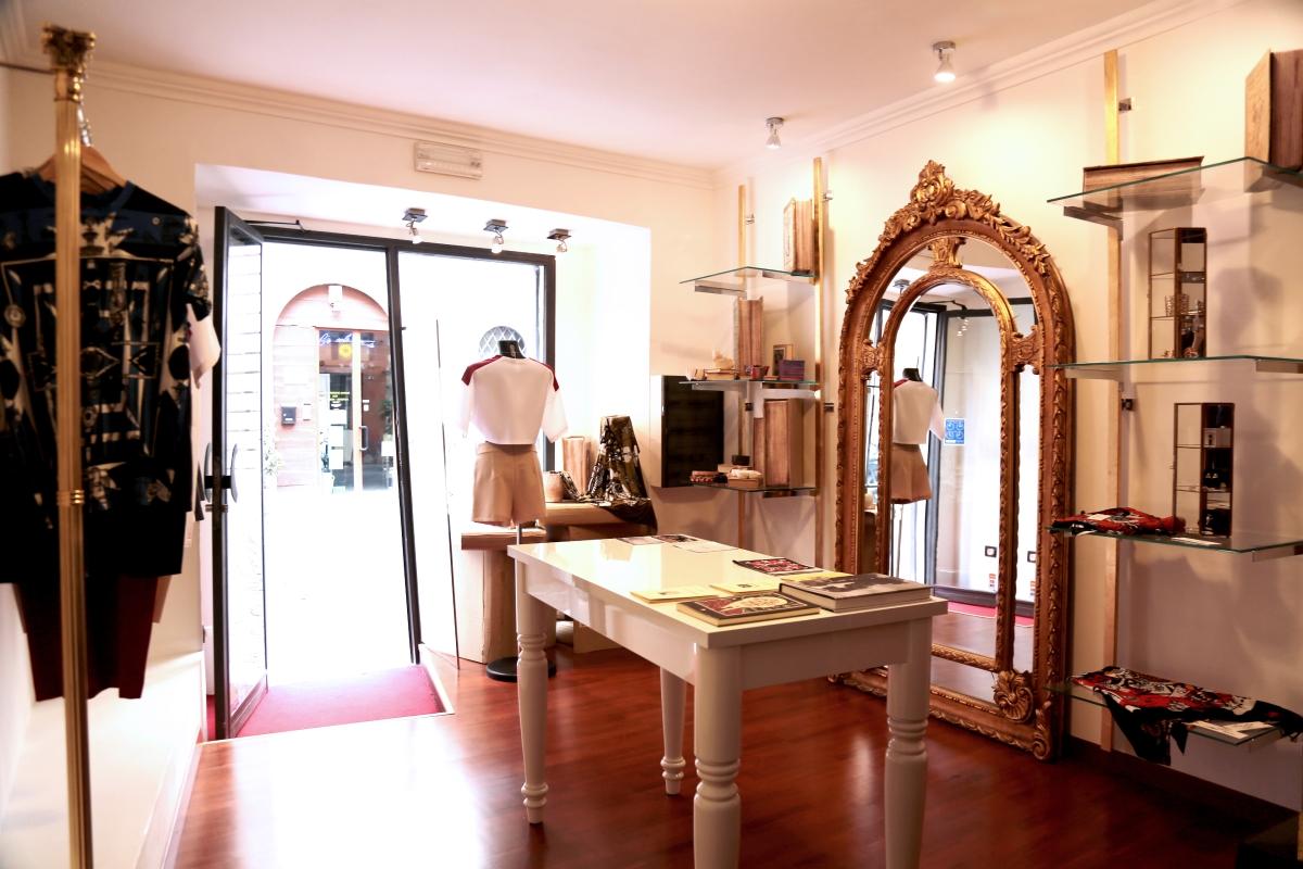 MYZAR: a Roma il concept store dei giovani fashion designer