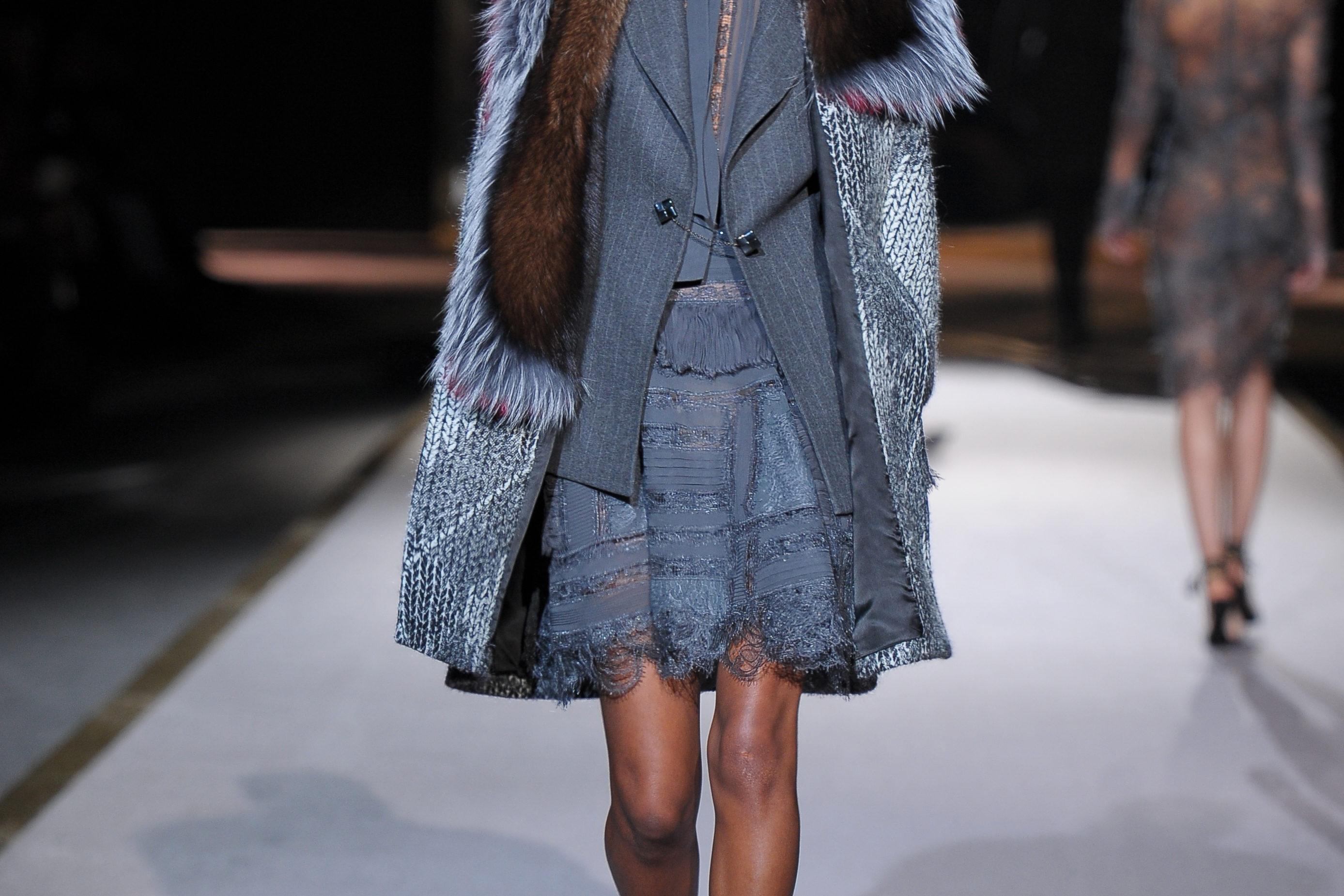 Eleganza, dettagli preziosi e artigianalità: Ermanno Scervino fashion show.