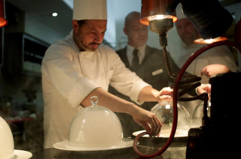 Niko Sinisgalli: lo chef scultore del Ristorante Tazio