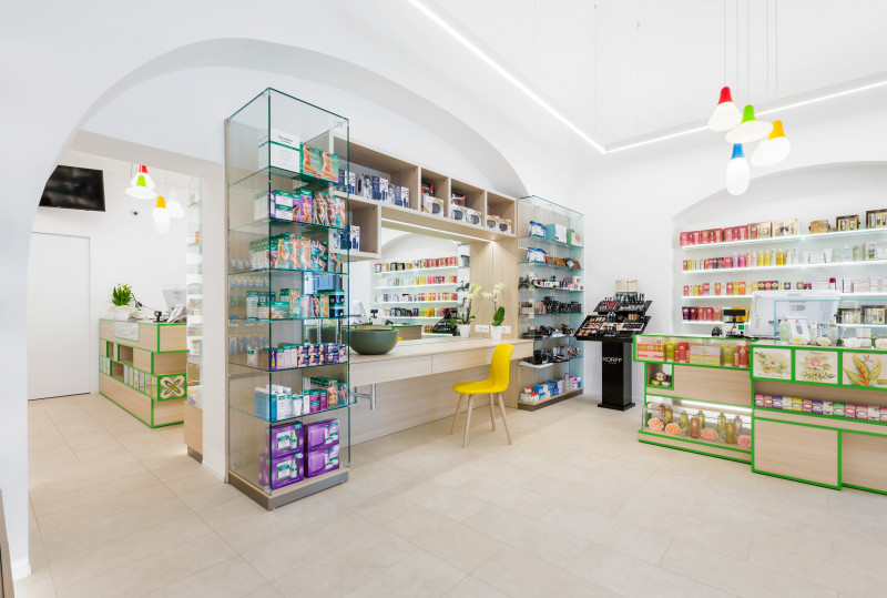 interno beauty farmacia Castellana Grotte