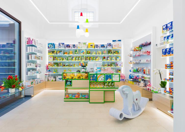 interno farmacia Castellana Grotte