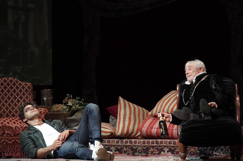 Odio Amleto: Garko e Pagliai a teatro diretti da Alessandro Benvenuti