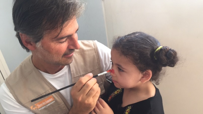 Beppe Convertini a favore dei bambini siriani