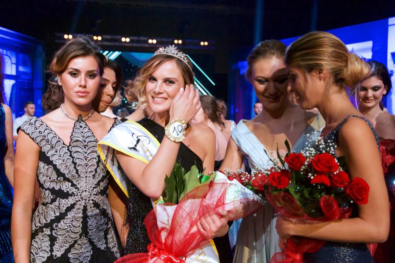 Balestra sfila nella finale di Miss Universe
