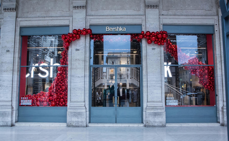 Inditex inaugura a Roma il pop-up store più grande al mondo di Bershka