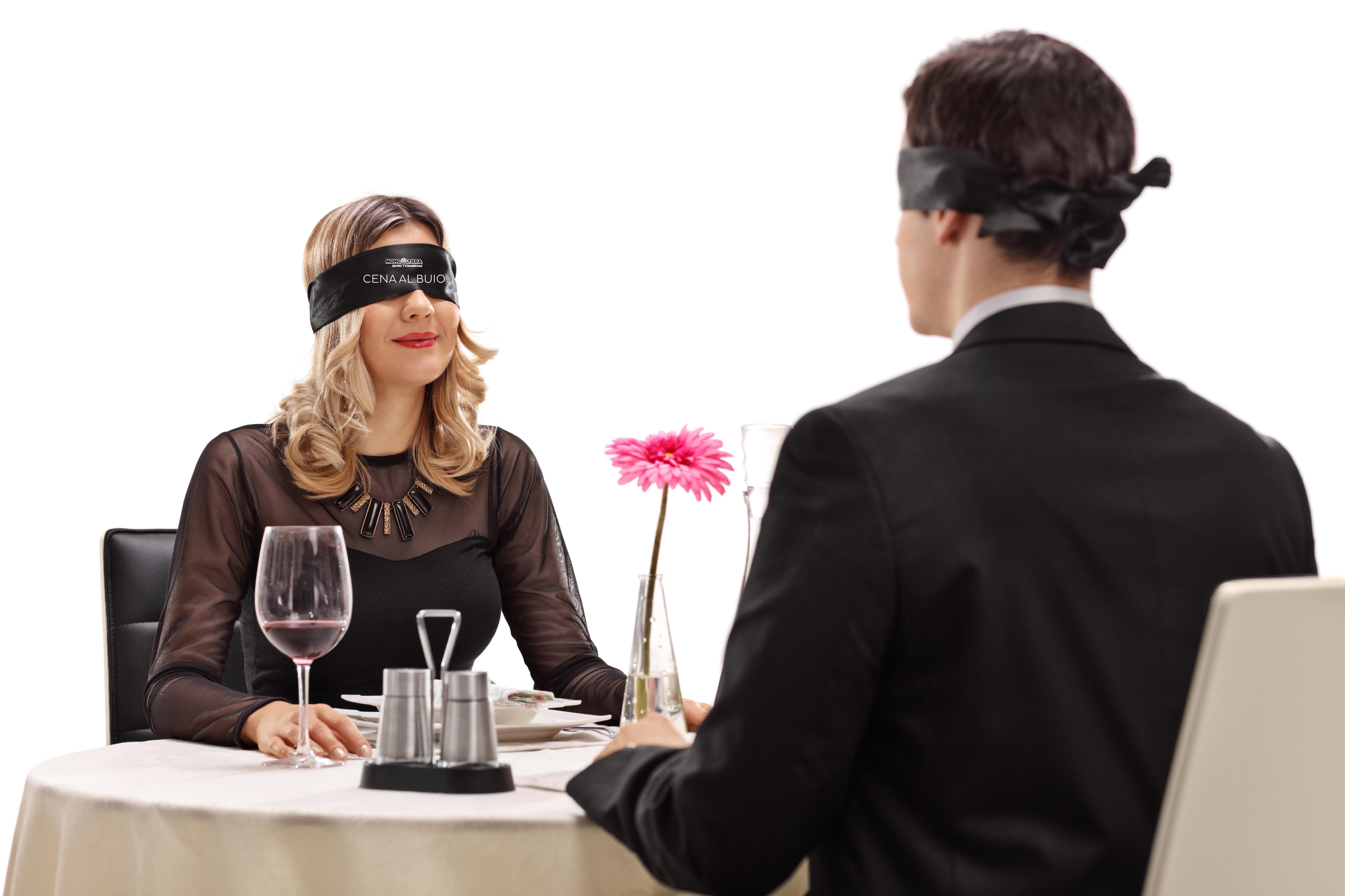 Cena al buio Tour: il gusto non ha bisogno della vista
