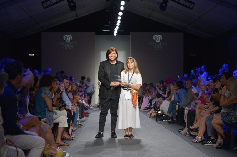 Giorgia Maggi vince i final work dell'Accademia Altieri Moda e Arte. Presidente di giuria Anton Giulio Grande